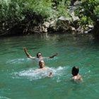 Derede yüzmek