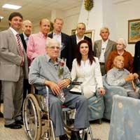 Yaşlıya Yardım Etmek