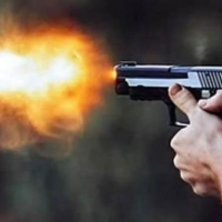 Silahlı Birinden Kaçmak
